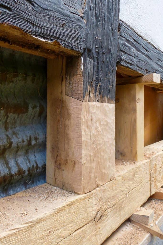 Ausbessern von alten Holzbalken