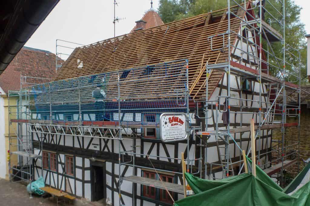 Dachdeckerarbeiten am Wehrmannhaus
